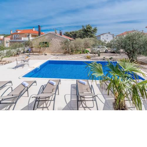 Holiday Home Malu Sun II