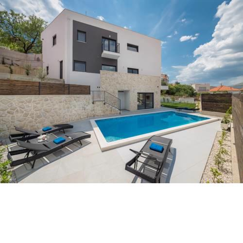 Villa Salt, luxury retreat in Trogir